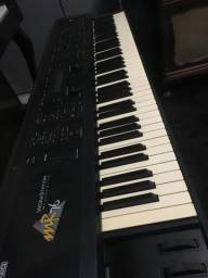 Teclado workstation Ensoniq MR76