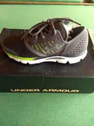 Tênis Under Armour (corrida e dia a dia)