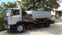 Caminhão Pipa Saquarema