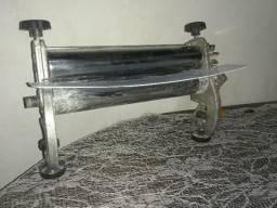 Estufa de salgados e cilindro manual