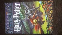 Livro Harry Potter e o Cálice de fogo- novo
