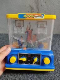 Aquaplay antigo de basquete