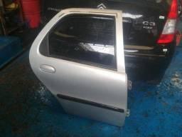 Porta Traseira Direita Fiat Palio 04 portas / Siena / Weekend a partir 1996 a 2003