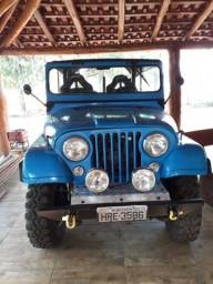 Jeep original e equipado