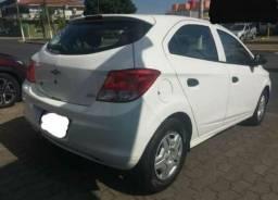 Vendo veículo ônix 2014 em dias - 2014