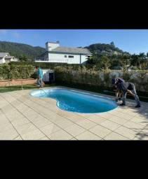 Chalé com piscina /Ferrugem/ temporada
