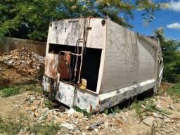 Compactador Usimeca (21 m³) para caminhão trucado