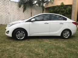 Vendo Hyundai HB-20S ano 2014 Premium 1.6 automático direito R$ 15.990,00