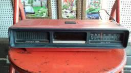 Rádio relógio antigo, Fort.