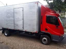 MB Acello 915C 2009 - Bau 5,50m