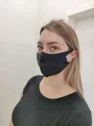 Máscara esportiva  ajustável, com proteção UV+50 cores preto, branco e chumbo