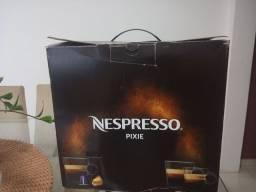 Cafeteira Nespresso Pixie