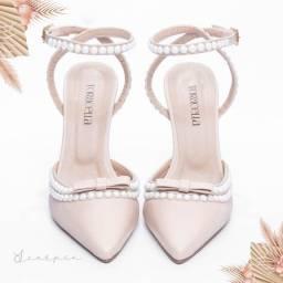 Título do anúncio: Sapatos scarpin saltos