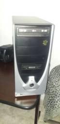 Título do anúncio: Cpu de computador Pentium 4 e Estabilizador