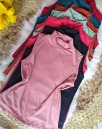 Título do anúncio: Blusa gola alta canelada - 10 peças