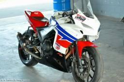 Título do anúncio: CBR 500 R - MOTO DE PISTA