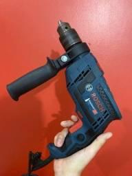 Título do anúncio: Furadeira Profissional Bosch 110v