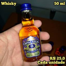 Título do anúncio: Miniatura Whisky Chivas 18 Anos Gold Signature - 50ml - Original, Lacrada e Licenciada