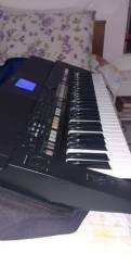 Título do anúncio: Vendo lindo teclado yamara  s650 conservado com vários sample no valor 2.700