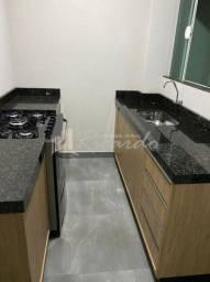 Título do anúncio: Casa assobradada com 2 quartos - Bairro Jardim Campestre em Arapongas