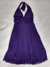 Vestido plissado curto