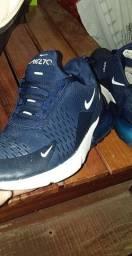 Nike Air270
