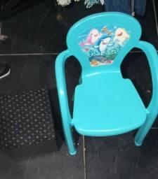 Título do anúncio: Puff e cadeira infantil