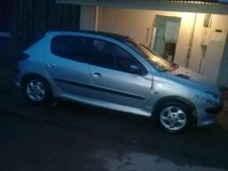 Carro Peugeot - 2006