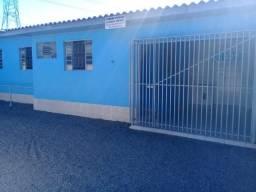 Alugo casa em Araucária para casal sem animais de estimação