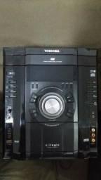 Aparelho de som Toshiba.