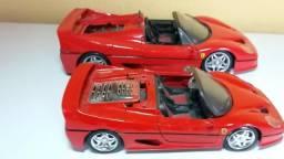 Ferrari carrinho coleção dois tamanhos