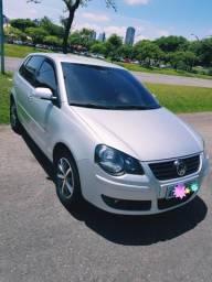 VW Polo Hatch 1.6 - Sportline - 2010