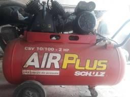 Compressor de ar.