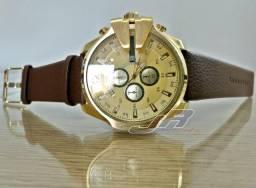 Relógio Diesel DZ 10 Bar Azul ou Dourado pulseira de couro