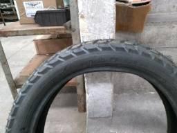 Vendo pneu de bros