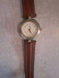 Relógio Feminino Marca Quartz Original Antigo