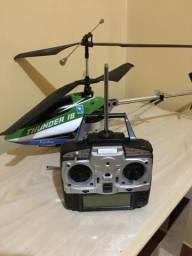 Helicóptero Thunder 18
