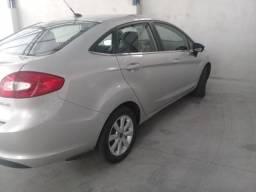 New Fiesta SE top - 2011