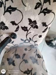 Igienizo sofá cadeira tapete.