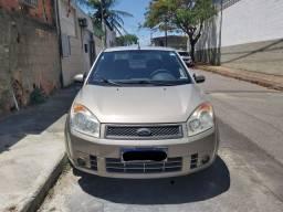 Ford Fiesta Sedan 2010/10 1.6
