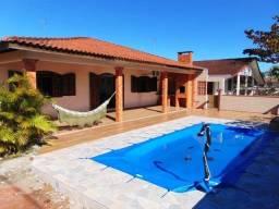 Casa com piscina no Balneário Coroados - Guaratuba - PR