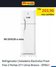 Refrigerador Electrolux 371 litros FROST free