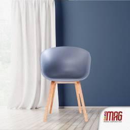 Título do anúncio: Cadeira polipropileno eames charles Leone