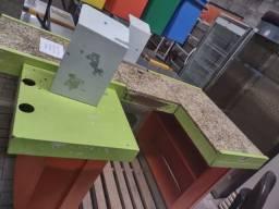 """Checkout Verde/Laranja com Granito 1,90X1,00X0,85A - Usada """"No Estado"""""""