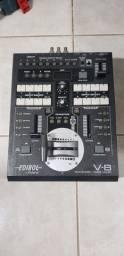 Mesa de vídeo Roland mod V8