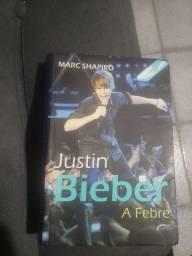 Título do anúncio: Justin Bieber Livro