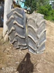Vendo pneu 23.1.26