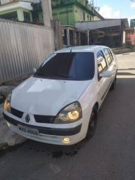 Título do anúncio: Renault Clio sedam privilegie 1.6 2004