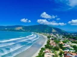 Título do anúncio: Alugo Lindo Apartamento em Condomínio Fechado a 8min de a Pé da Praia da Maranduba/Ubatuba
