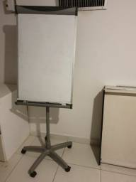 Título do anúncio: Quadro branco com cavalete